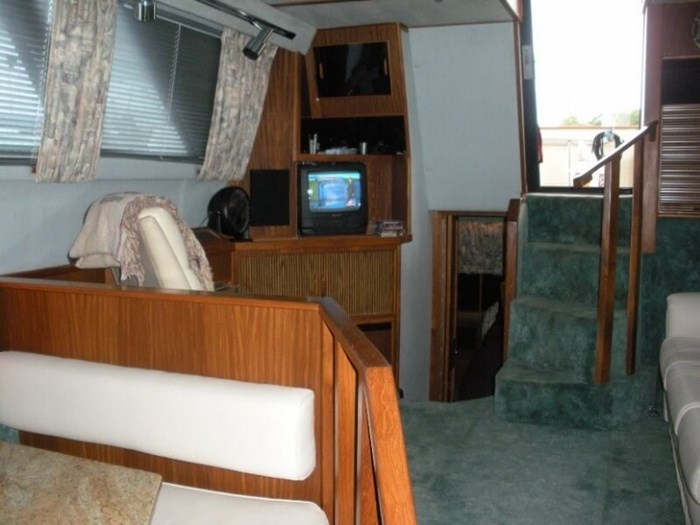 1987 Sea Ray 41 Aft Cabin Photo 7 sur 20