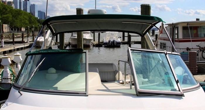 1998 Cruisers Yachts 3075 Rogue Photo 5 sur 20