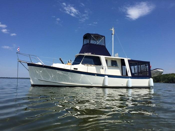Great Lakes 33 Fly Bridge Trawler 1981 Used Boat for Sale in Beaverton,  Ontario - BoatDealers ca
