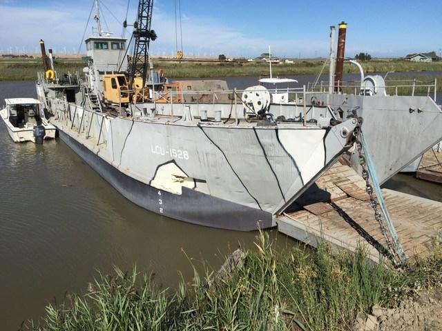 1954 LCU Landing Craft Rebuilt in 2015- 200 ton capacity Photo 9 of 45