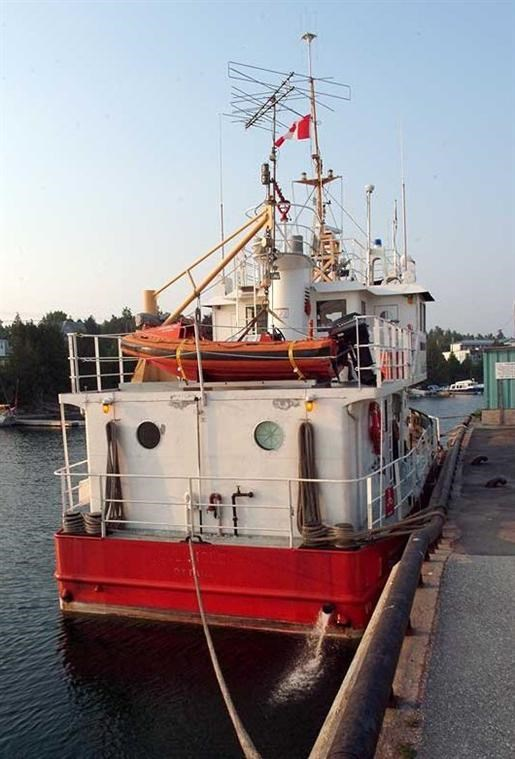 1980 Ex CCG Buoy Tender Twin Screw Photo 2 of 18