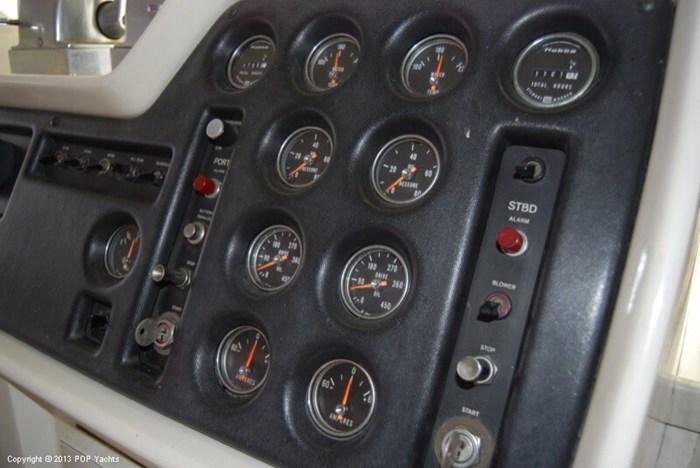 1972 Chris-Craft 47 Commander Photo 7 sur 20