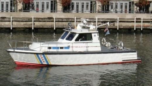1982 Gladding Hearn Crew Boat/Patrol Boat - New price Photo 3 sur 3