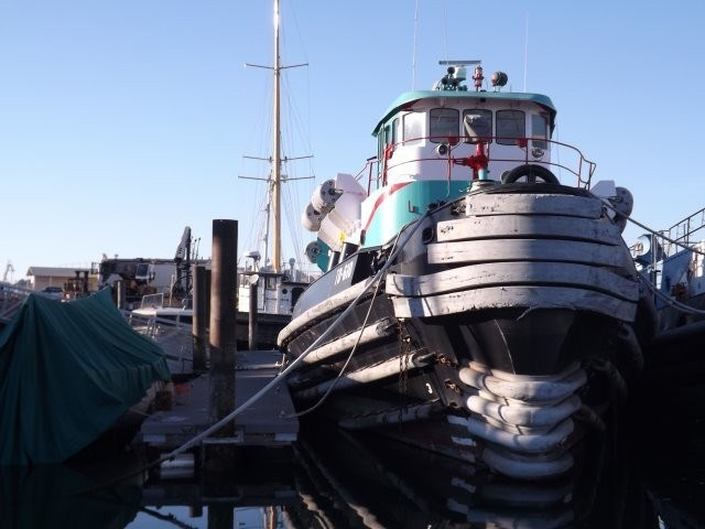 1974 Ex Navy Harbor Tug Ex Navy 2000 hp Harbor Tug Photo 2 sur 22