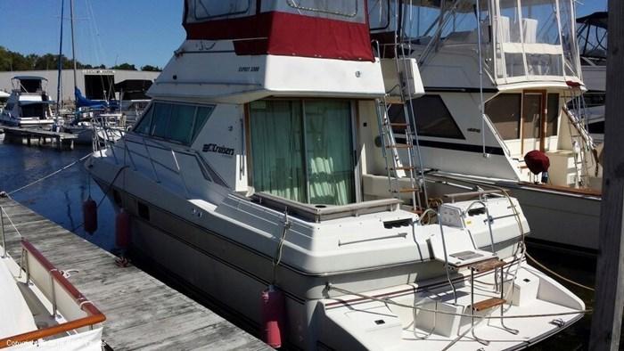 1989 Cruisers Yachts Esprit 3380 Photo 15 sur 20