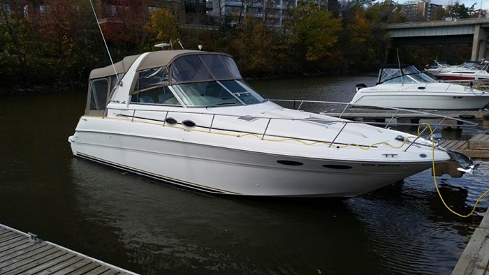 Sea Ray 310 Sundancer 1999 Used Boat For Sale In Oakville Ontario Boatdealers Ca