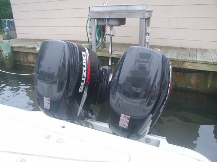 1986 Boston Whaler 27 Offshore Photo 8 sur 20