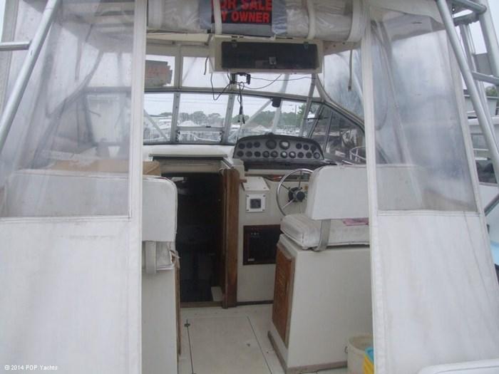 1986 Boston Whaler 27 Offshore Photo 16 sur 20