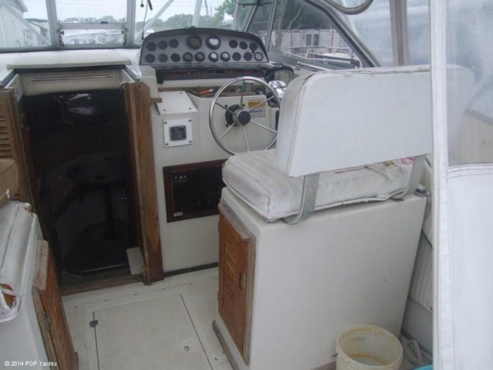 1986 Boston Whaler 27 Offshore Photo 19 sur 20