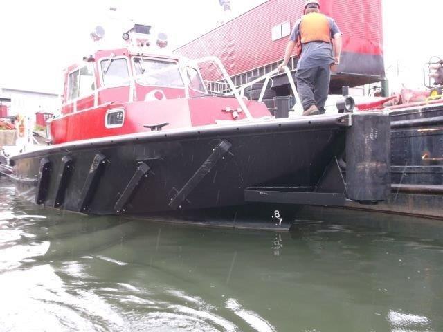 1987 Custom Built Twin Screw Aluminum Work/Tug/Pilot Boat Photo 2 of 10