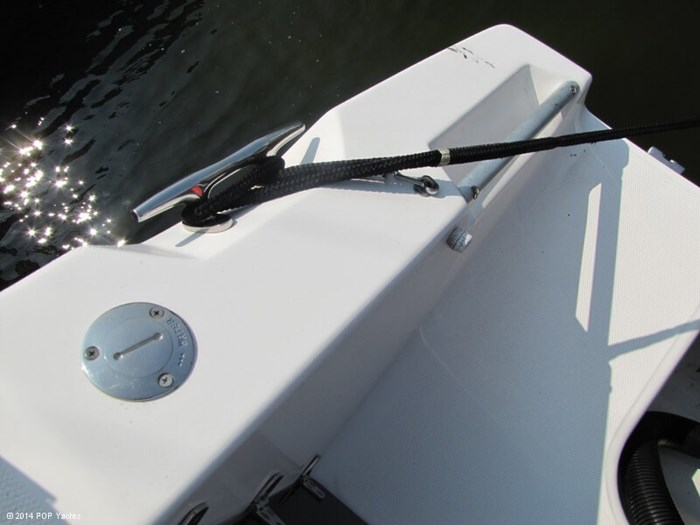 2007 Angler 260 Center Console Photo 12 of 20