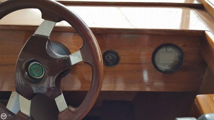 2004 Lakeland Boatworks 22 Isle Royale Photo 9 of 20