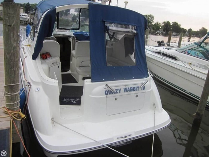 2007 Bayliner 305 Cruiser Photo 8 sur 20
