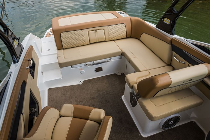 2015 Sea Ray 240 Sundeck Photo 21 sur 26