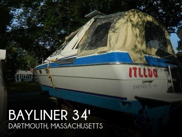 Bayliner 3450 Avanti Sunbridge 1988 Used Boat for Sale in Dartmouth,  Massachusetts - BoatDealers ca
