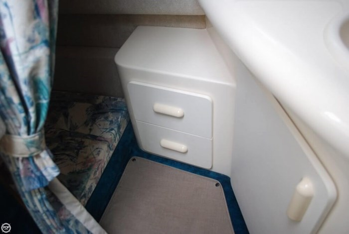 1998 Sea Ray 270 SE Sundancer Photo 19 sur 20