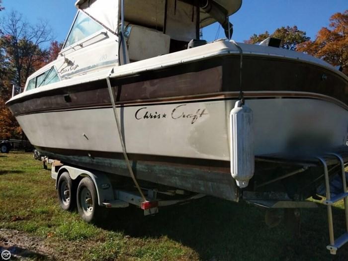 1981 Chris-Craft 280 Catalina Express Photo 4 of 20