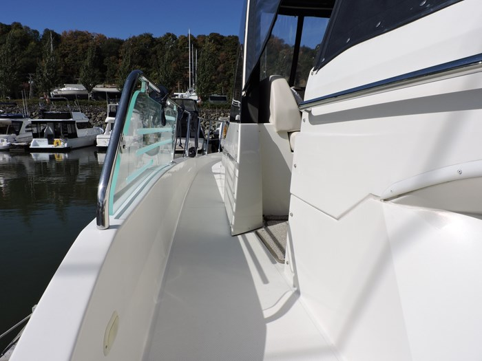 2009 Carver 44 Sojourn Photo 17 of 77