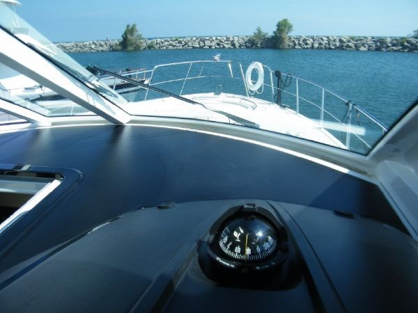 2010 Cruisers Yachts 520 Sport Coupe Photo 29 sur 81
