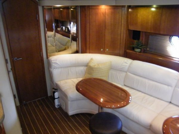 2010 Cruisers Yachts 520 Sport Coupe Photo 76 sur 81