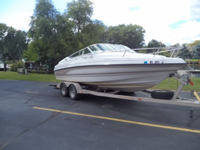 1997 Chaparral 2135 SS Photo 2 of 8