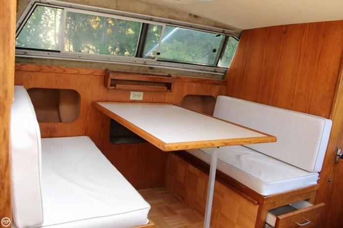 1986 Silverton 29 Sport Cruiser Photo 4 sur 20