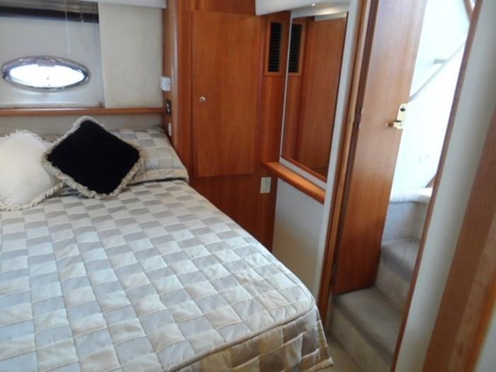 2002 Silverton 352 Motor Yacht Photo 19 of 37