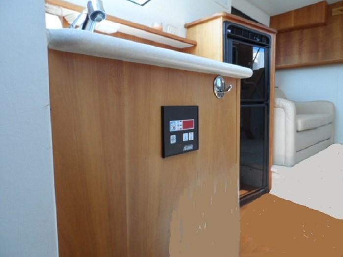2002 Silverton 352 Motor Yacht Photo 29 of 37