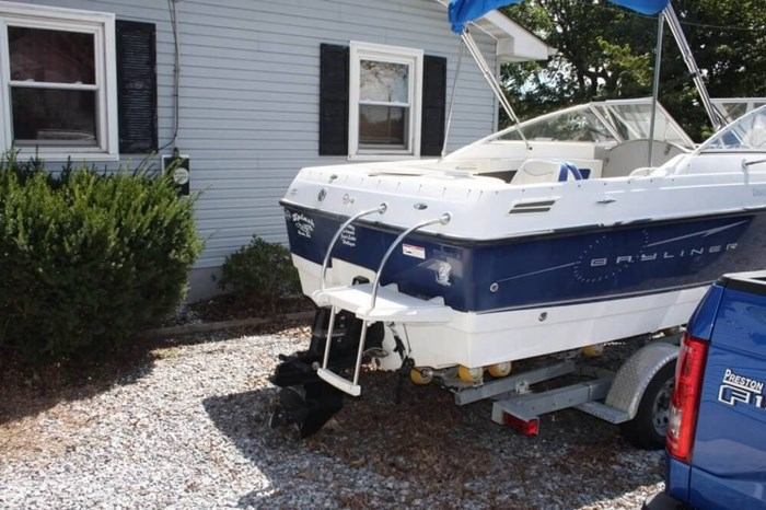 2007 Bayliner 192 Discovery Photo 15 sur 20