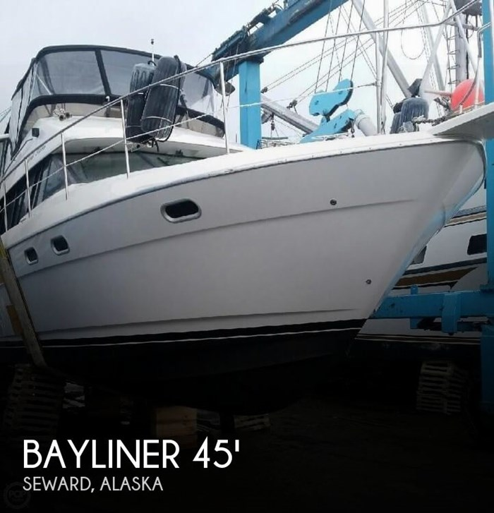 1995 Bayliner 4587 Cockpit Motor Yacht Photo 1 sur 21