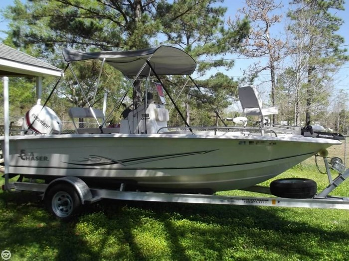 2014 Carolina Skiff Sea Chaser 180 F Photo 4 sur 20