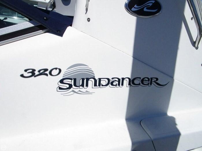 2004 Sea Ray 320 Sundancer Photo 14 of 20