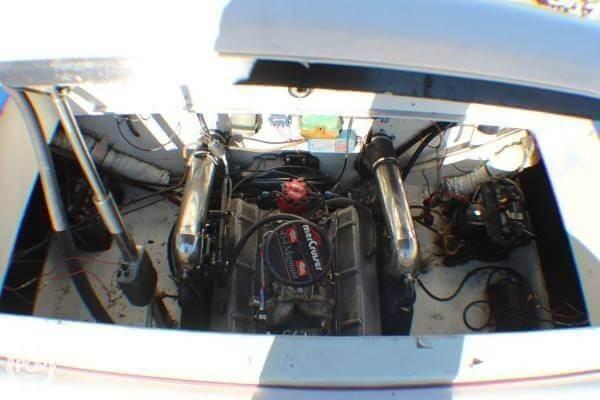 1987 Baja Force 265 Photo 8 sur 20
