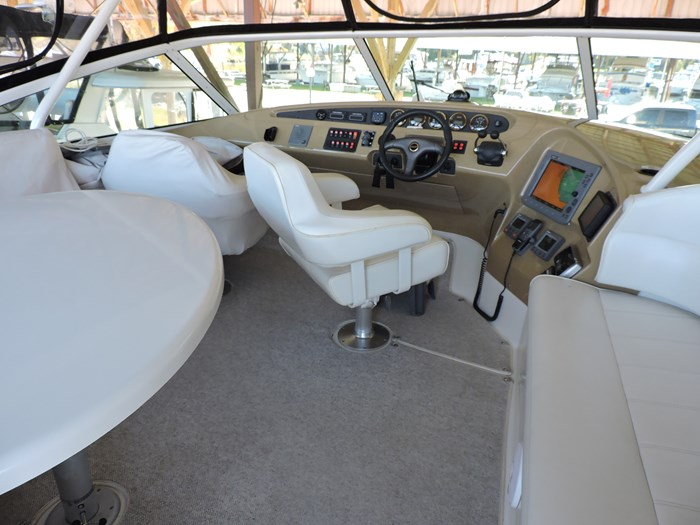 2004 Carver 460 Voyager Photo 24 of 81