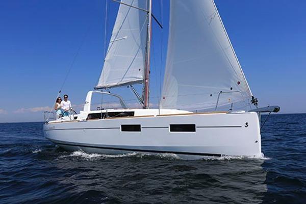 2021 Beneteau Oceanis 35.1 Photo 29 of 29