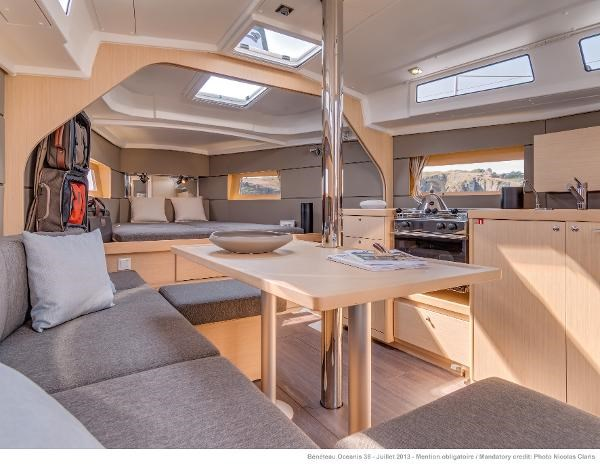 2021 Beneteau Oceanis 38.1 Photo 30 sur 32