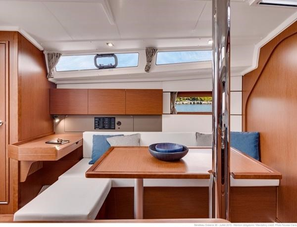 2021 Beneteau Oceanis 38.1 Photo 23 sur 32