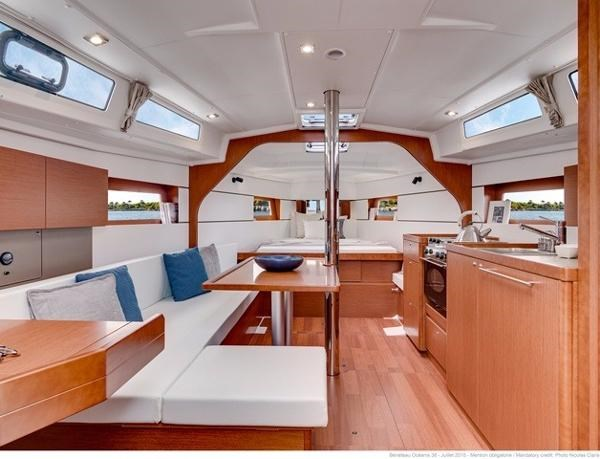 2021 Beneteau Oceanis 38.1 Photo 21 sur 32