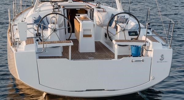 2021 Beneteau Oceanis 38.1 Photo 18 sur 32