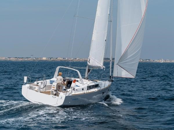 2021 Beneteau Oceanis 38.1 Photo 17 sur 32
