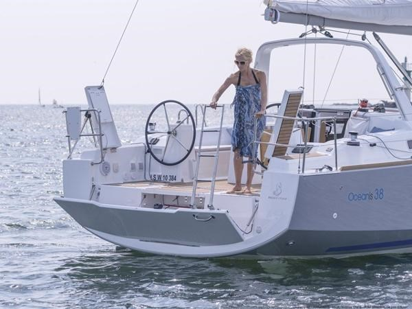 2021 Beneteau Oceanis 38.1 Photo 13 sur 32