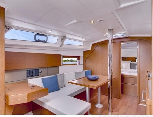 2021 Beneteau Oceanis 38.1 Photo 11 sur 32