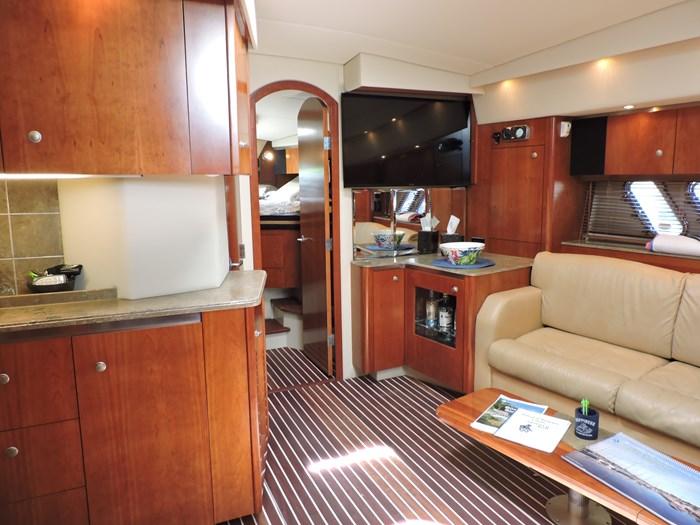 2009 Cruisers Yachts 460 Express Photo 47 of 61