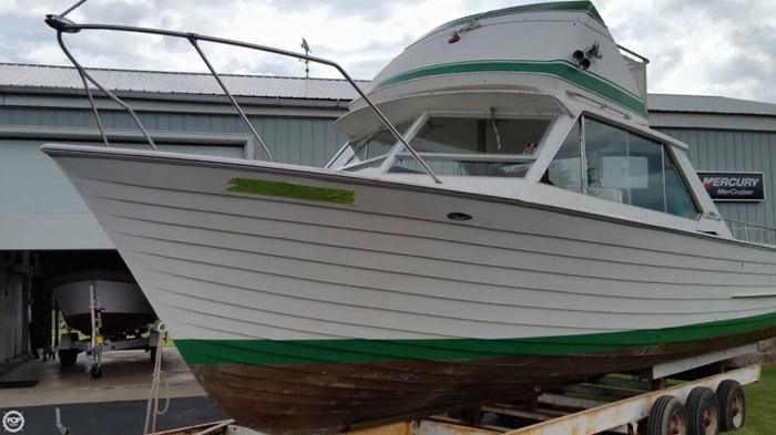 1967 Chris-Craft Sea Skiff 32 Sports Cruiser Photo 10 of 20