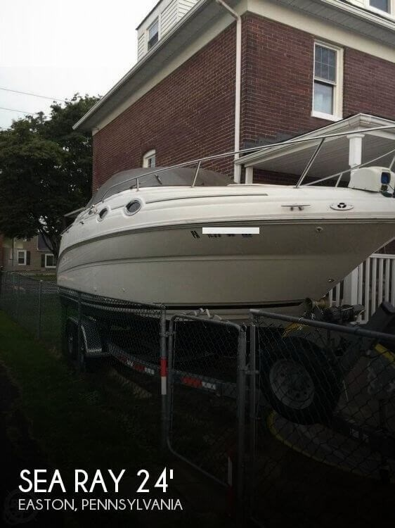 2002 Sea Ray 240 Sundancer Photo 1 of 20