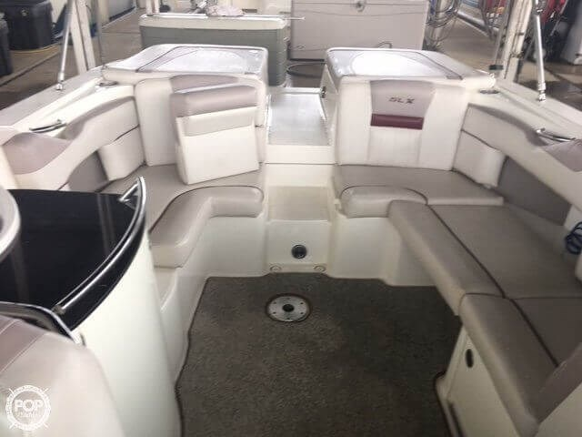 2005 Sea Ray 270 SLX Photo 12 of 20