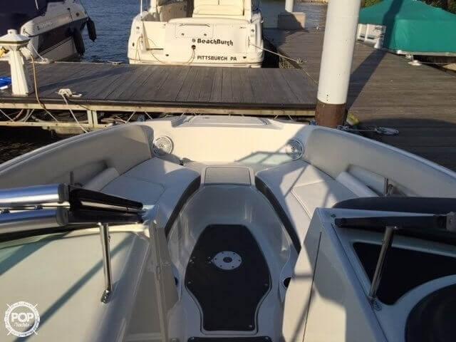 2012 Sea Ray 240 Sundeck Photo 11 of 20