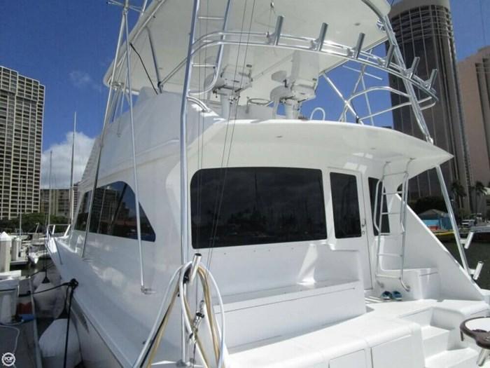 2005 Viking Yachts 65 Convertible Photo 2 of 20