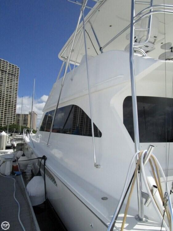 2005 Viking Yachts 65 Convertible Photo 11 of 20