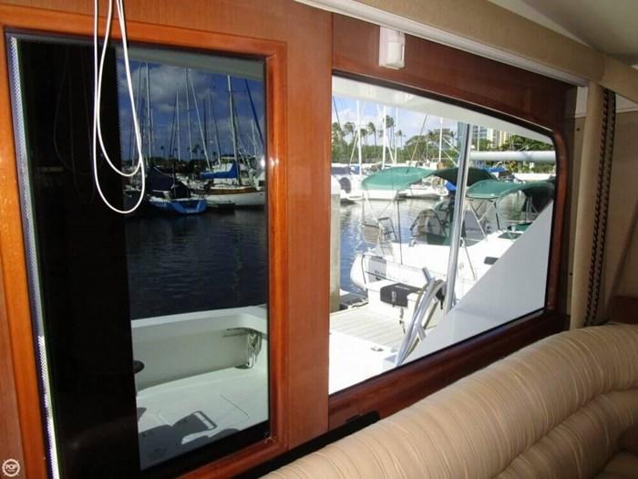 2005 Viking Yachts 65 Convertible Photo 14 of 20